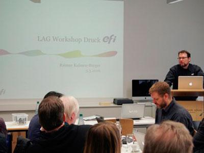 Raimar Kuhnen-Burger (Efi) referiert über spezielle Aspekte des Inkjetdigitaldrucks